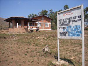 1 Project Human Aid - Berufsschule außen