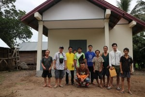 Foto Nr. 118 Die Dorfbewohner sind froh, endlich einen Lehrer vor Ort zu haben